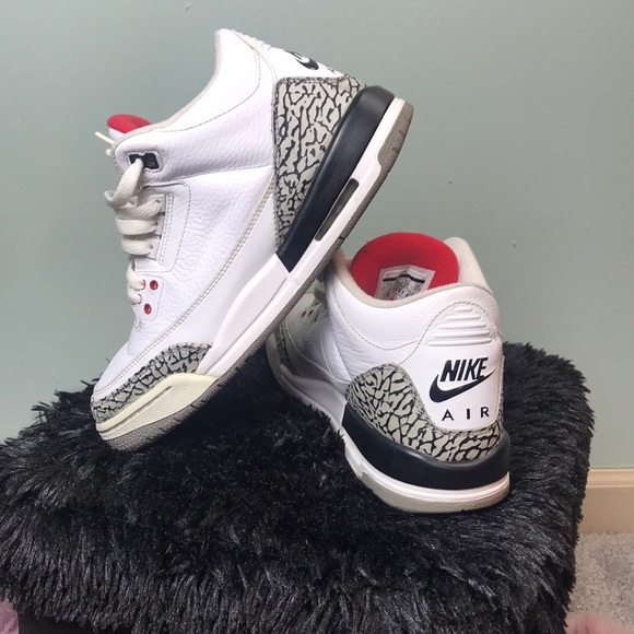 sports shoes 58dbc 1784b Air Jordan 3 Retro - White Cement